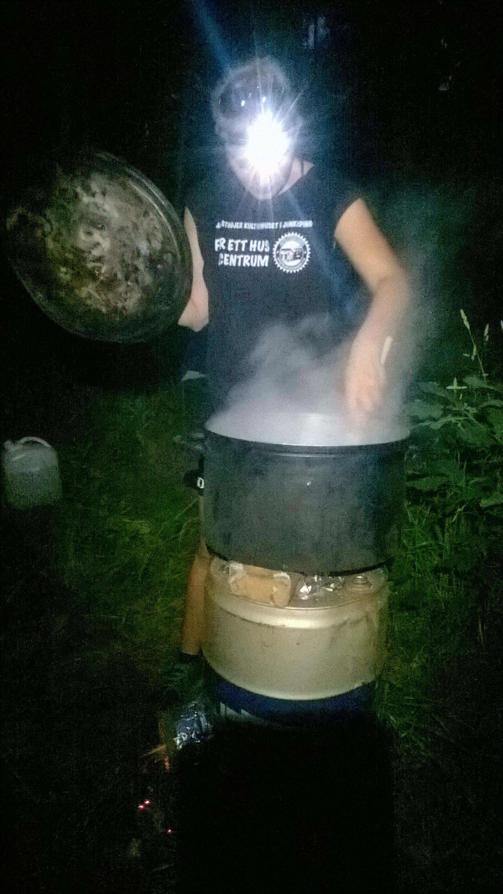 The rocket stove at work