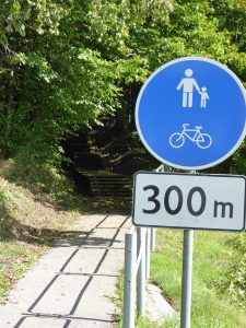 a 300 meter long cycling-path on stairs?